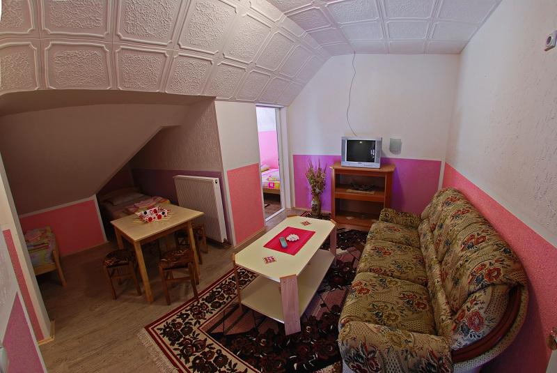 """Apartman """"Pink"""""""
